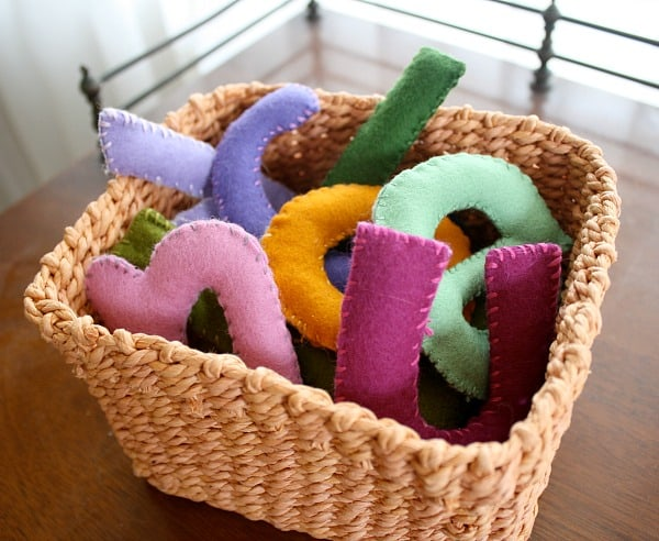 How to make homemade stuffed letters using felt!