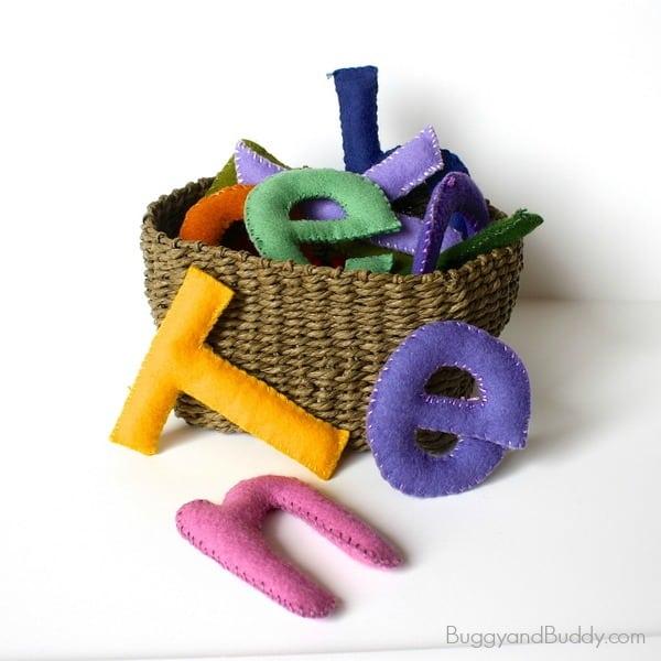 Homemade Toys: Felt Stuffed Letter Tutorial~ BuggyandBuddy.com