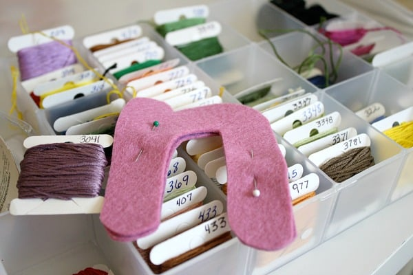 felt toy letter sewing tutorial