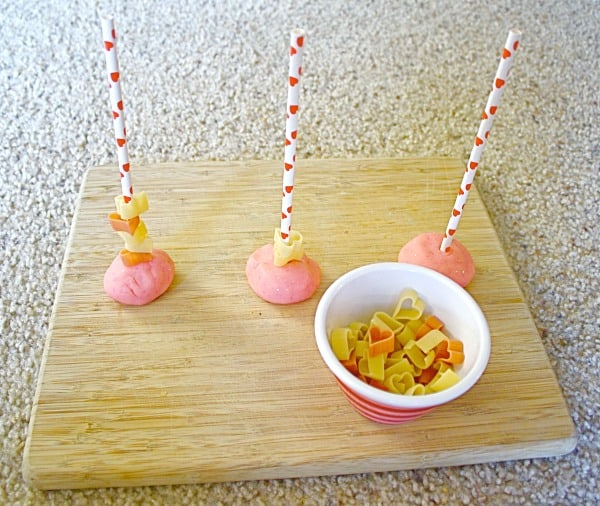 Toddler Activities: Heart Themed Fine Motor Activity