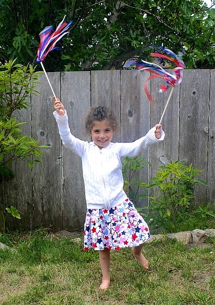Patriotic Wand Craft for Kids