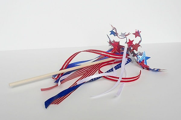 Make Your Own Patriotic Wands for Kids on Memorial Day