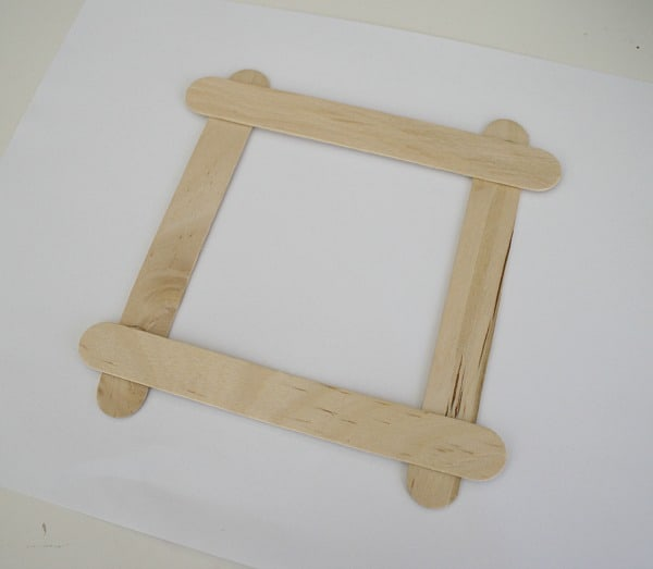 Christmas Crafts for Kids: Puzzle Piece/ Popsicle Stick Christmas Ornament Frame
