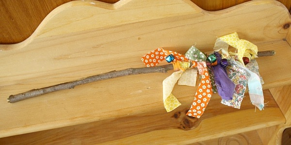 Homemade Toys: Jingle Bell Stick for Kids~ Buggy and Buddy