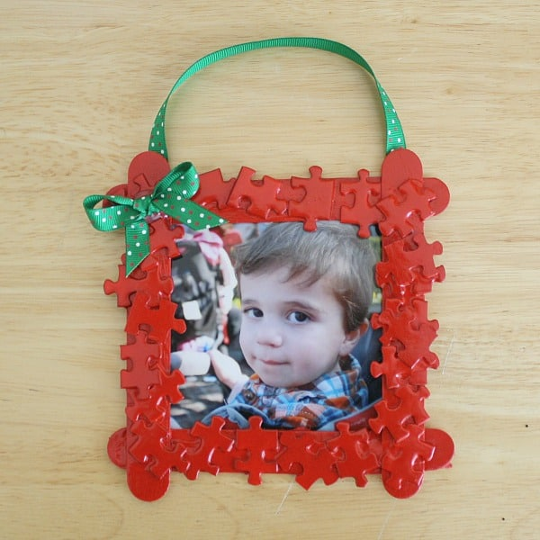 Homemade Christmas Ornament for Kids: Puzzle Piece Christmas Ornament Frame~ Buggy and Buddy