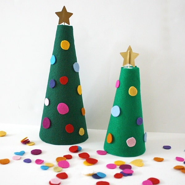 Decorate the felt christmas tree activity for kids buggy for Free christmas crafts for kids