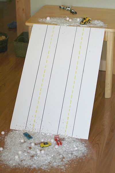 Perfect for a snow day or rainy day! (Inside Activity for Kids: Homemade Snowy Ramp for Toy Cars)~ BuggyandBuddy.com