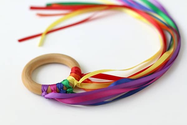 Dancing Ribbon Ring Tutorial