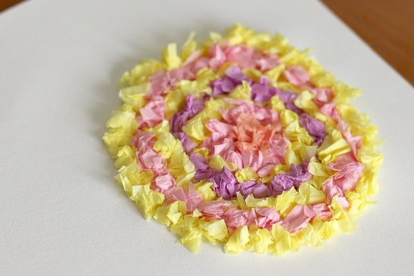 flower craft for kids using tissue paper