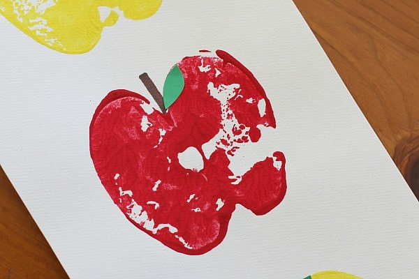 cute apple print craft for kids