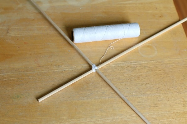 use string to tie dowels together