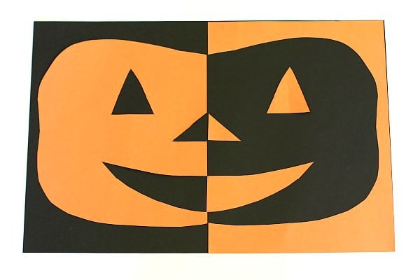 Positive and Negative Space Jack-O-Lantern Craft for Kids~ BuggyandBuddy.com
