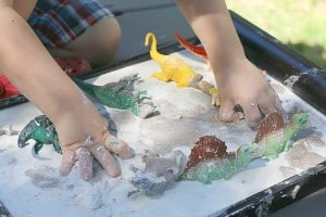 Sandy Oobleck Recipe  (Perfect for Dinosaur Play)