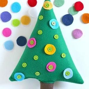 Christmas Activities for Kids: Button Christmas Tree