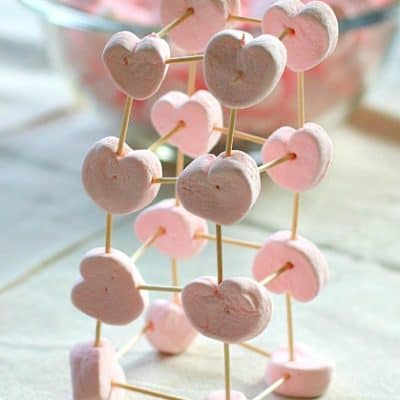 Would be fun for a Valentine's Day party! (Building with Heart Marshmallows and Toothpicks)~ BuggyandBuddy.com