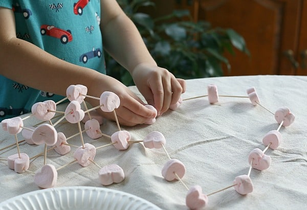 Preschool valentine activity: building with heart marshmallows and toothpicks