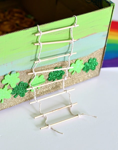 making a ladder for a leprechaun trap using string and sticks