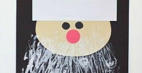 Super fun Santa craft for kids: Use yarn and rolling pin to make his beard! ~ BuggyandBuddy.com