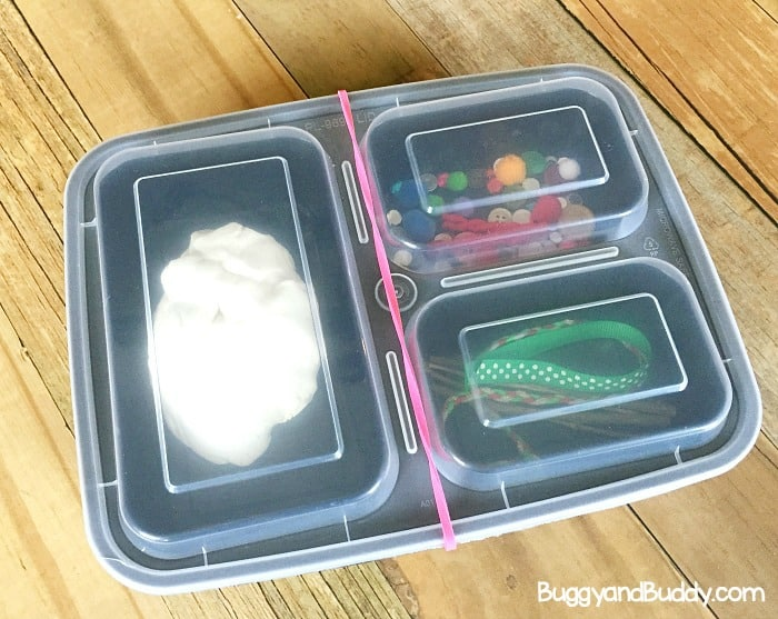 how to make snowman playdough kits with your class for winter sensory play- great for preschool and kindergarten