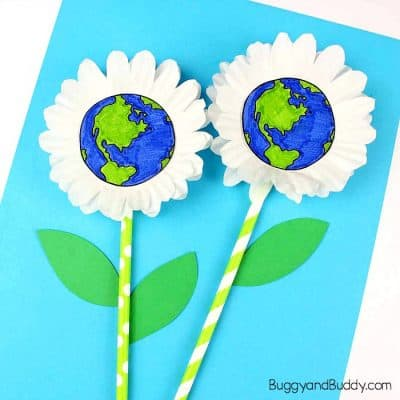 Earth Day Craft for Kids: Cupcake Liner Daisy